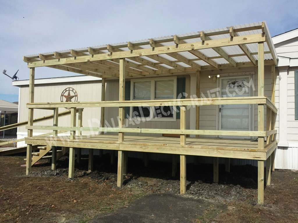 Mobile home porches top 5 manufactured home deck designs for Pictures of porches on mobile homes